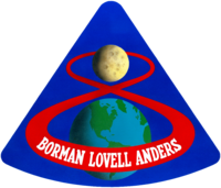 Apollo 8 logotipas