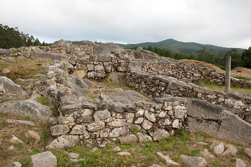 Cuntis Spain  City new picture : :Archaeological excavations in Castrolandin, Cuntis, Galicia, Spain ...