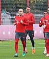 Arjen Robben Sandro Wagner Training 2018-10-09 FC Bayern Muenchen-1.jpg