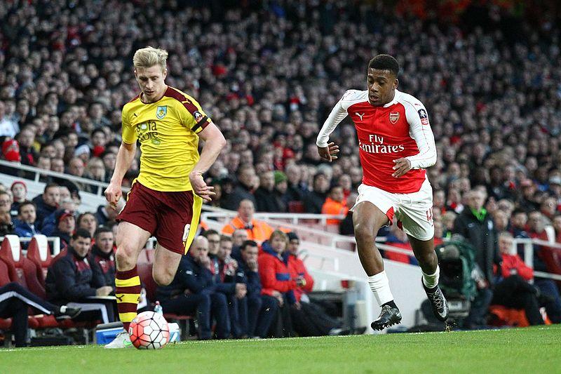 File:Arsenal Vs Burnley (24440984920).jpg