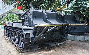 Artillería M-107, Museo de los Vestigios de la Guerra de Vietnam, Ciudad Ho Chi Minh, Vietnam, 2013-08-14, DD 01.JPG