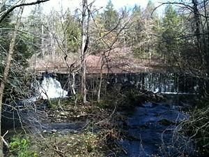 Aspetuck River - Hedmon's Pond Waterfall in Redding.