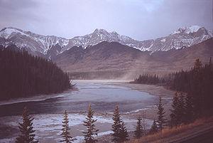 Athabasca River am Brule Lake