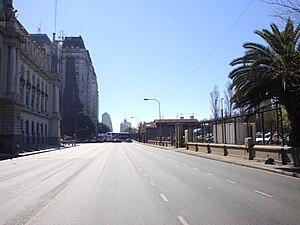 Avenida Ingeniero Huergo