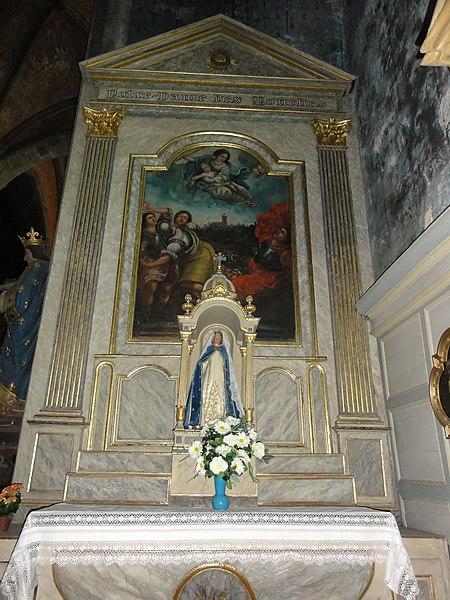 Avesnes-sur-Helpe Nord, Fr) la collegiale, autel N.D. des Mouches