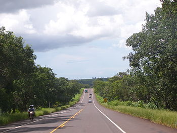 English: BR-267, an highway in the Brazilian s...