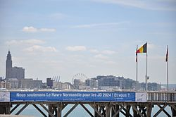 Banner for olympic games of 2024, Le Havre.JPG