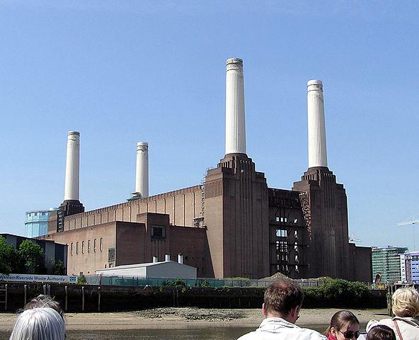 592px-Battersea.power.station.london.arp.jpg