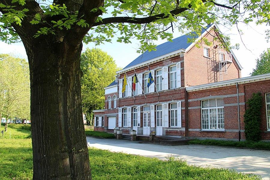 Het Tempelhof, gebouwd in 1869, in opdracht van Emiel Van Nyen (1841-1913), is het oude gemeentehuis van Beerse, gelegen in het centrum. Het Heemkundig Museum en het Steenbakkersmuseum zijn gevestigd in het Tempelhof.