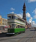 Blackpool tram 147 , North Pier.jpg