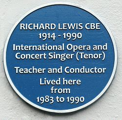 Photo of Richard Lewis blue plaque
