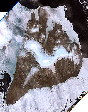 Bolshevik Island - Image: Bolshevik island, Russia, Landsat 7 image