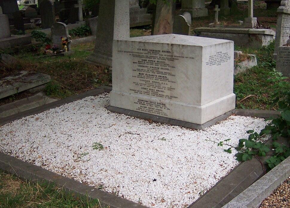 Brunel Family Grave -Kensal Green Cemetery -5July2006