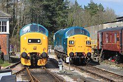 Buckfastleigh - D6975 and D6737.JPG