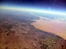Buenos Aires y Río de La Plata desde el aire.jpg