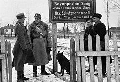 Bundesarchiv Bild 121-1500, Ukraine, Ordnungspolizei, Rayonposten Sarig.jpg
