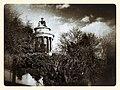 Burns Monument (16312738425).jpg