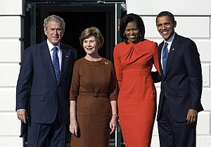 Maria Pinto (fashion designer) - George W. Bush, Laura Bush, Michelle Obama, and Barack Obama at the White House in 2008
