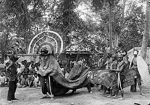 Reog - Reog dancers in Ponorogo, ca. 1920.