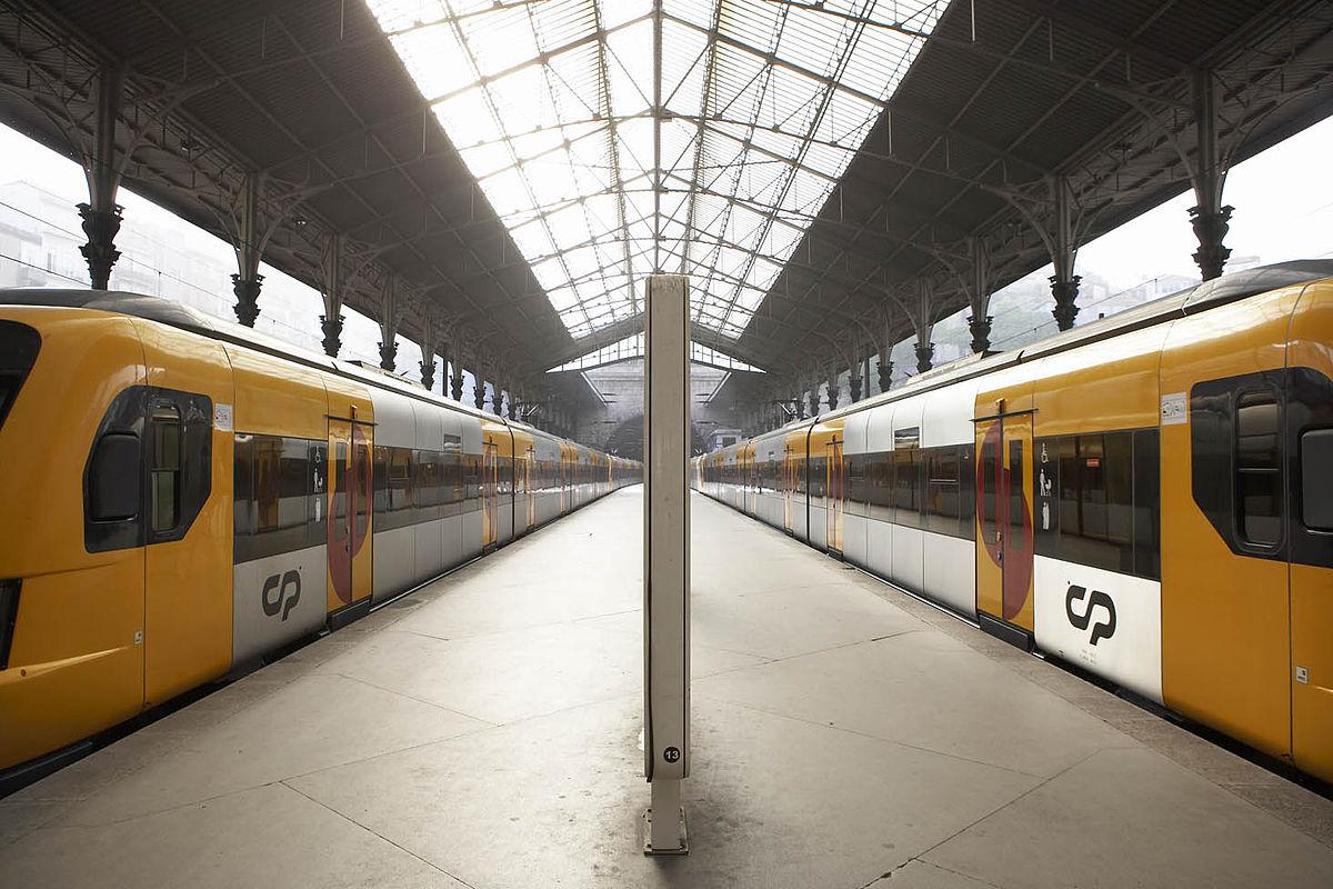 Resultado de imagem para Serviços Urbanos do Porto CP com oferta especial para o S. João do Porto e Braga