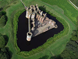 Caerlaverock Castle from the air.jpg