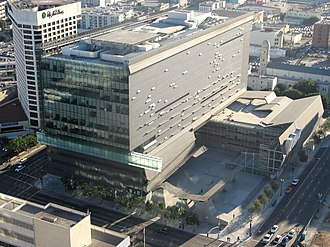 Caltrans District 7 Headquarters - Birds-eye view of the building designed by Thom Mayne (2004)