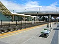 Caltrain platform at Millbrae station, May 2009.jpg