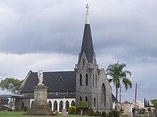 Calvary Cemetery Chapel.jpg