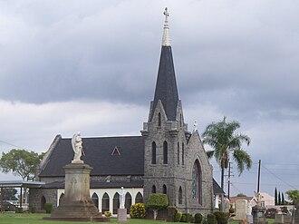 Calvary Cemetery (Los Angeles) - Image: Calvary Cemetery Chapel