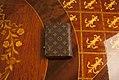 Carteira-zipper-louis-vuitton-2 (24939076965).jpg