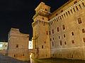 Castello Estense nella notte.JPG