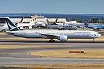 Cathay Pacific, B-KPU, Boeing 777-367 ER (43687230464).jpg