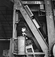 Cecil Beaton Photographs- Tyneside Shipyards, 1943 DB123.jpg