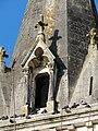 Château-l'Evêque église clocher lucarne.JPG
