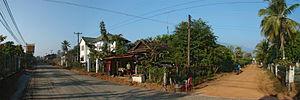 Champasak (town) - Main street, Champasak
