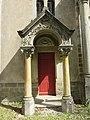 Chapelle Notre-Dame de Beaunant - Porte latérale (avr 2019).jpg