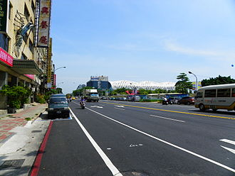 Qianzhen District - Image: Chenggong 2nd Road in Cianjhen District, Kaohsiung 20140508