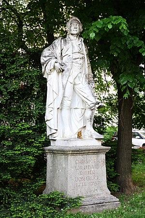 Christoph_Willibald_Ritter_von_Gluck_Statue.JPG