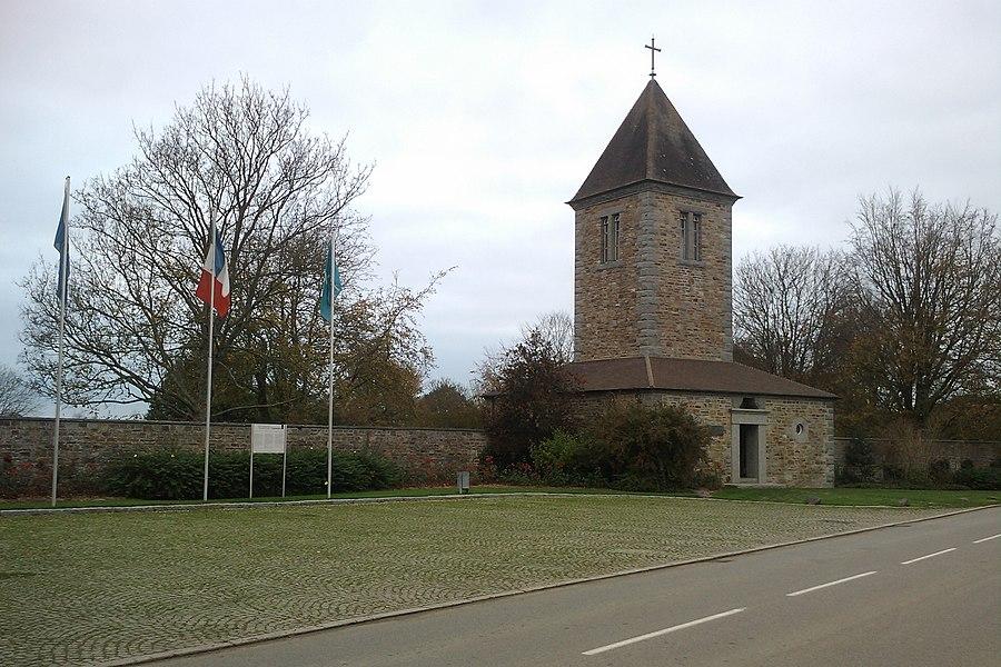 Fr:Cimetière militaire allemand d'Orglandes