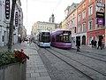 Cityrunner 087 und CR 075 kreuzen am 1.10.2017 am Taubenmarkt.jpg