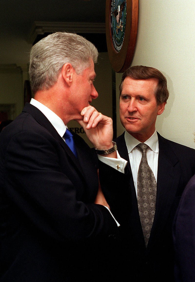 Clinton and Cohen meeting at the Pentagon.jpg