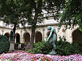 Cloitre-Beaux-Arts-Lyon.jpg