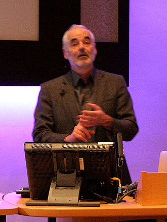 David Spiegelhalter - David Spiegelhalter presenting at the 2013 Cambridge Science Festival