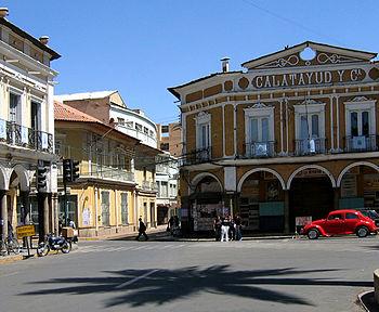 Cochabamba Lores