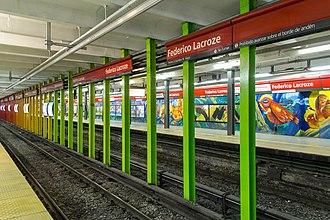 Federico Lacroze (Buenos Aires Underground) - Image: Columnas b federico lacroze 26