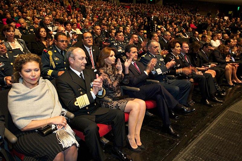 File:Concierto musical de las Orquestas Sinfónica del Ejército y Fuerza Aérea y Filarmónica de la Armada de México (8488579256).jpg