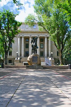 Courthouse and Buckey O'Neill statue