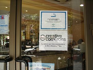 Creative Commons - A sign in a pub in Granada notifies customers that the music they are listening to is freely distributable under a Creative Commons license.