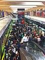 Crowd on Embarcadero station Muni platform, June 2011.jpg