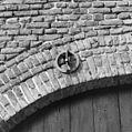Detail gevelanker boven toegang schuur - Herten - 20340771 - RCE.jpg